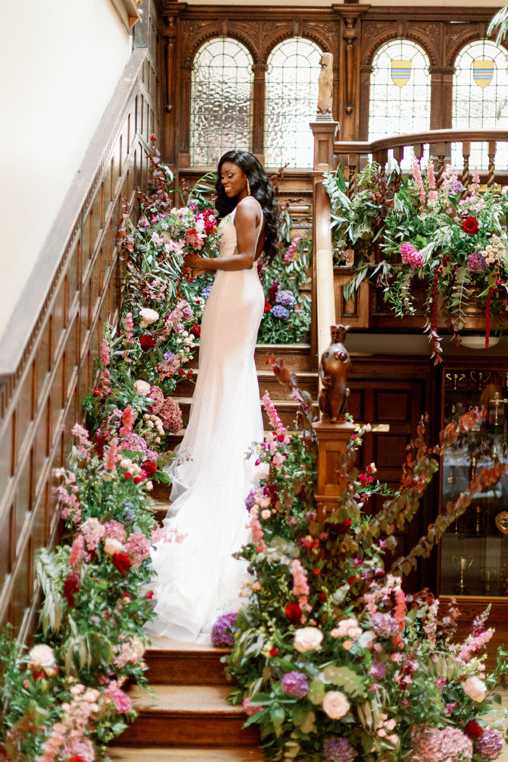 Forever Yours, a fabulously floral bridal shoot in Surrey with Tes Moments and Camilla J Hards Photography (15)