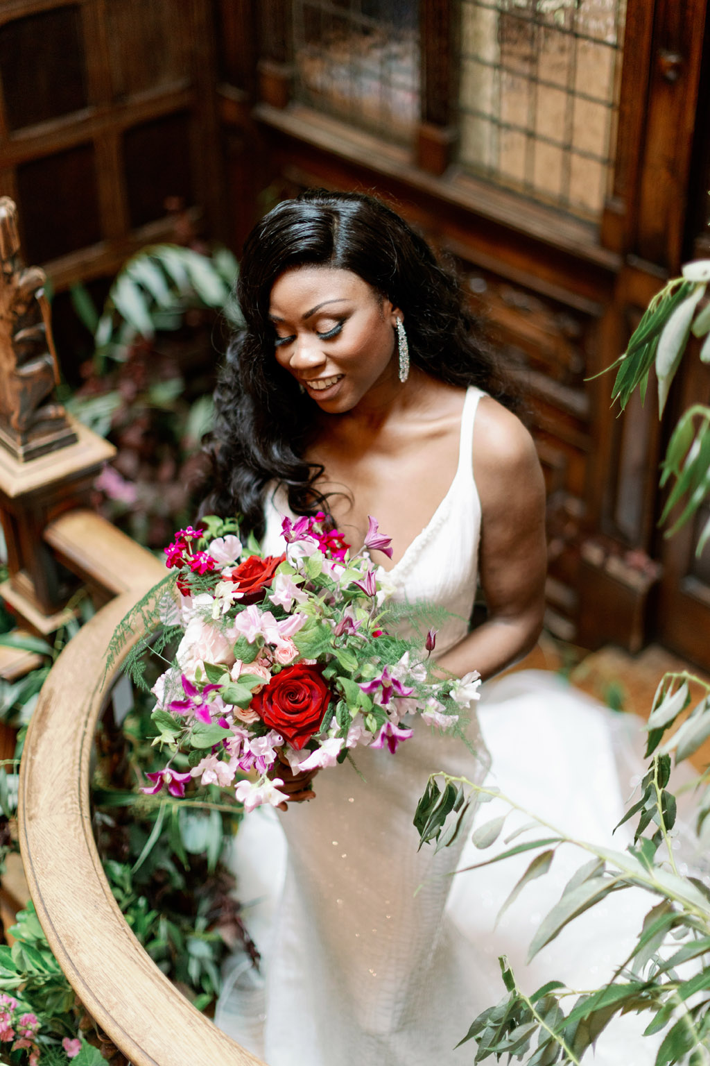 Forever Yours, a fabulously floral bridal shoot in Surrey with Tes Moments and Camilla J Hards Photography (18)