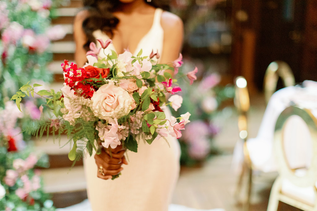 Forever Yours, a fabulously floral bridal shoot in Surrey with Tes Moments and Camilla J Hards Photography (23)
