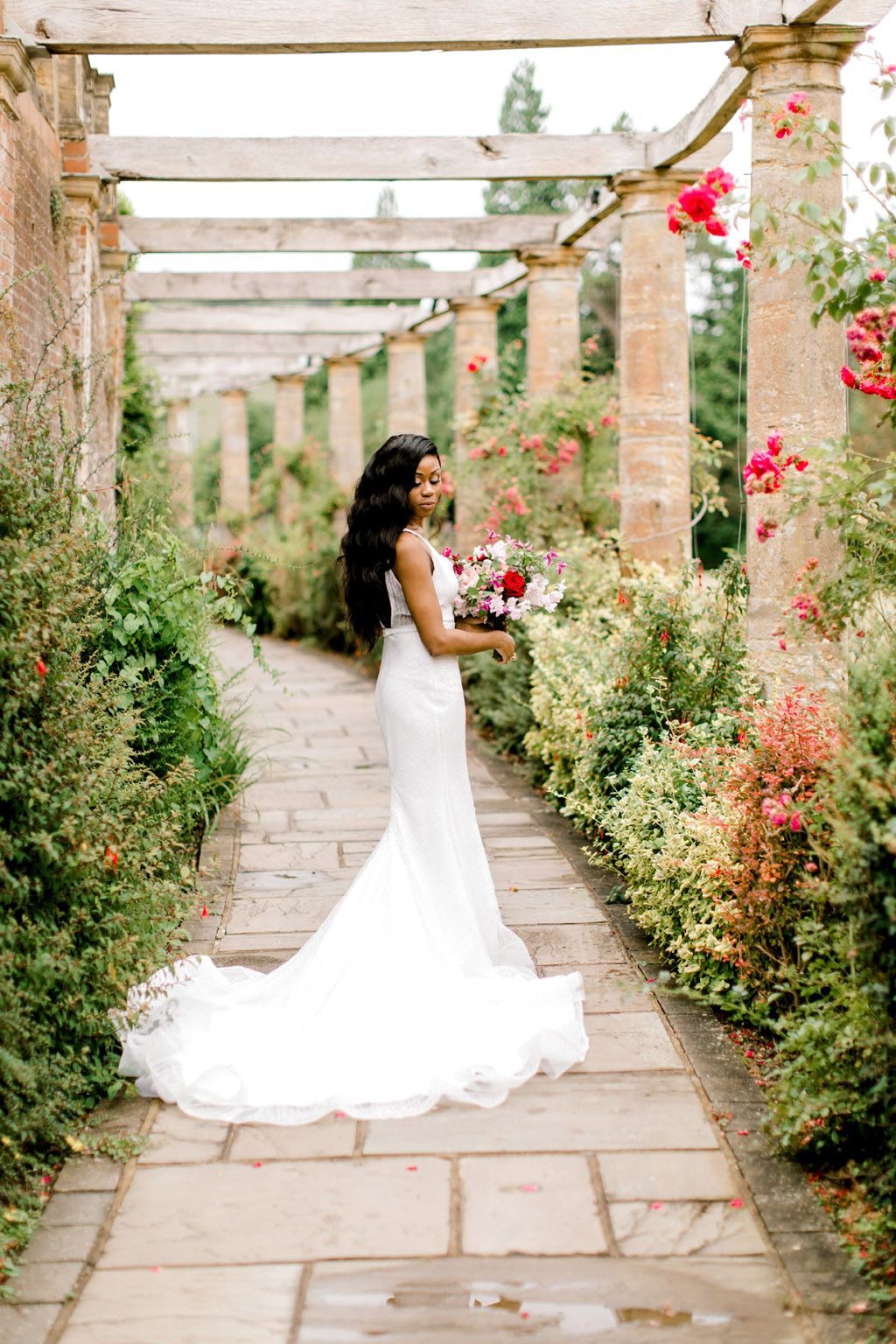 Forever Yours, a fabulously floral bridal shoot in Surrey with Tes Moments and Camilla J Hards Photography (37)