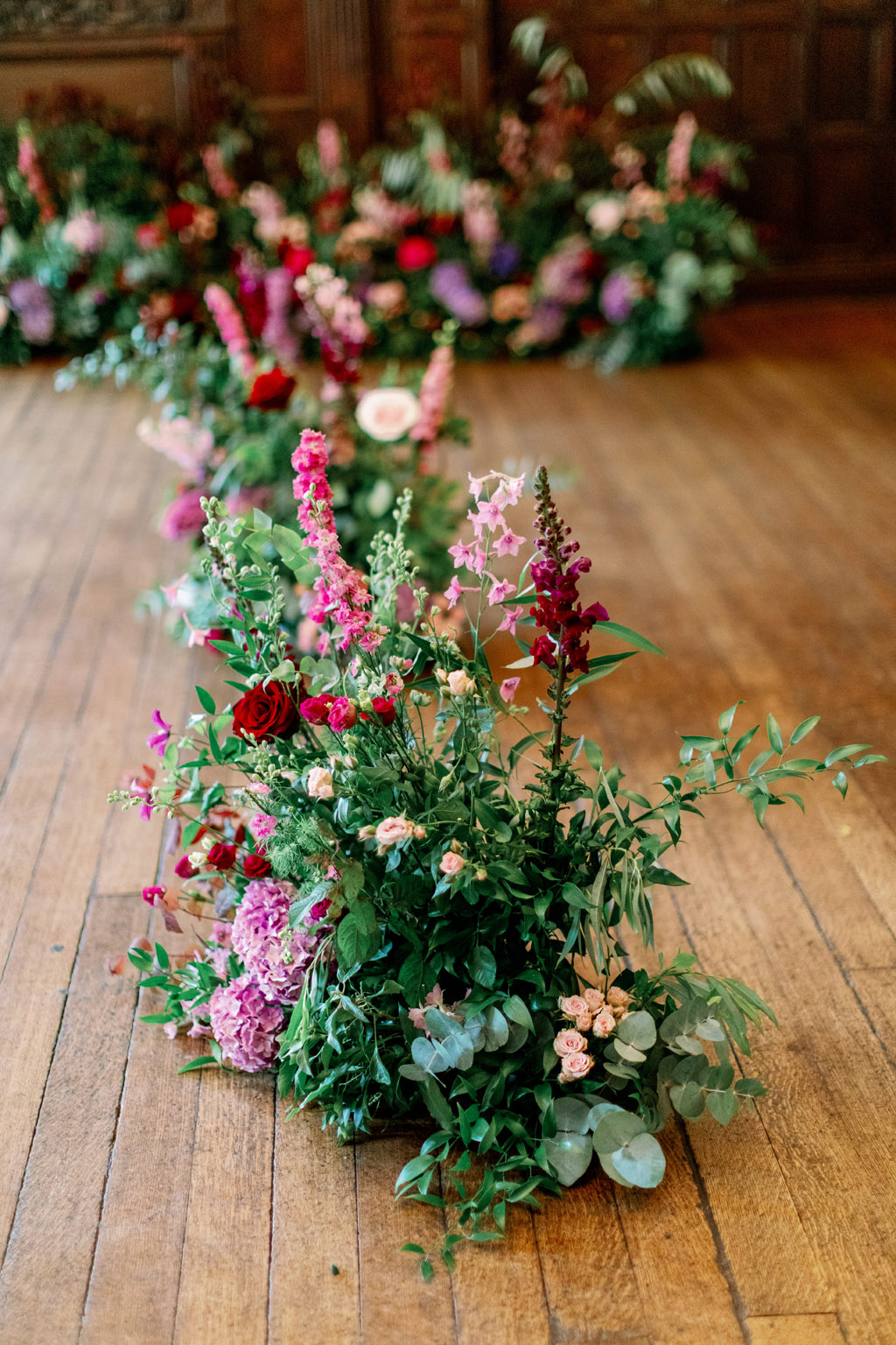 Forever Yours, a fabulously floral bridal shoot in Surrey with Tes Moments and Camilla J Hards Photography (43)