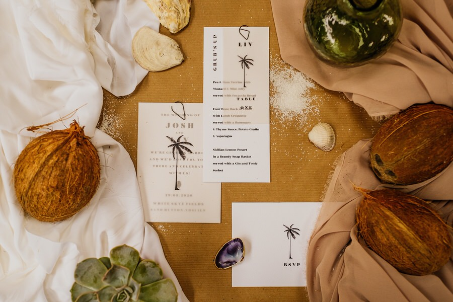 Free spirited modern jungle wedding inspiration at White Syke Fields, image credit Jenna Kathleen Photography (8)