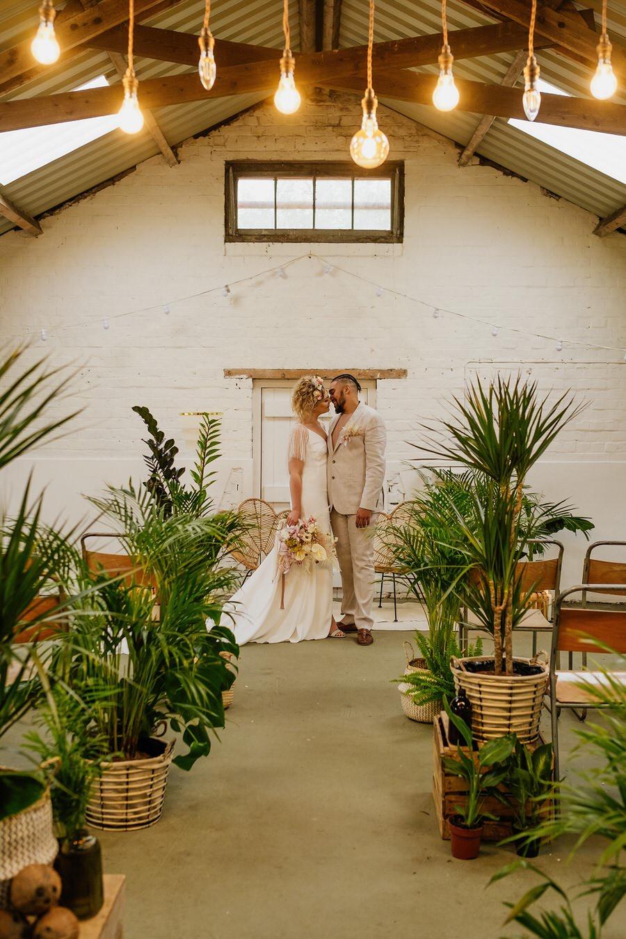 Free spirited modern jungle wedding inspiration at White Syke Fields, image credit Jenna Kathleen Photography (11)