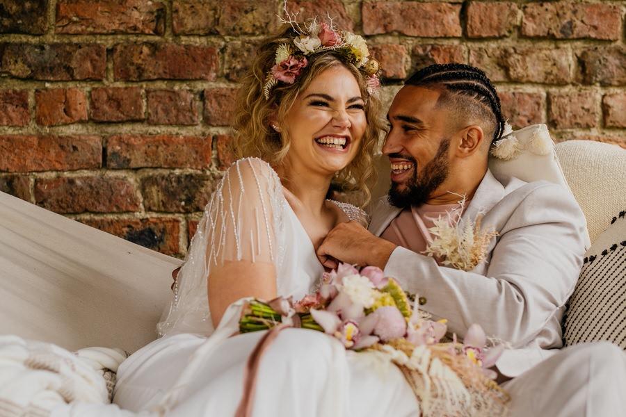 Free spirited modern jungle wedding inspiration at White Syke Fields, image credit Jenna Kathleen Photography (19)