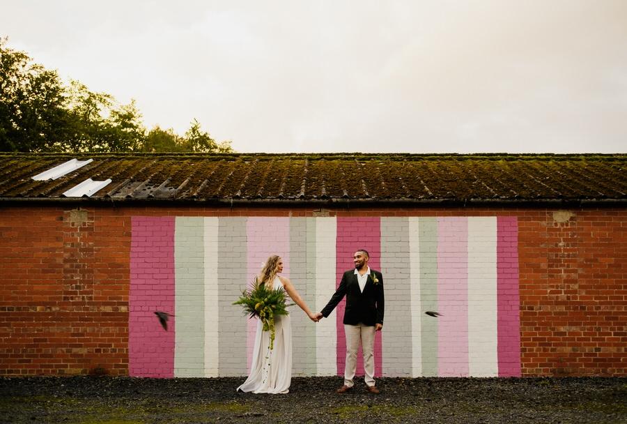 Free spirited modern jungle wedding inspiration at White Syke Fields, image credit Jenna Kathleen Photography (35)