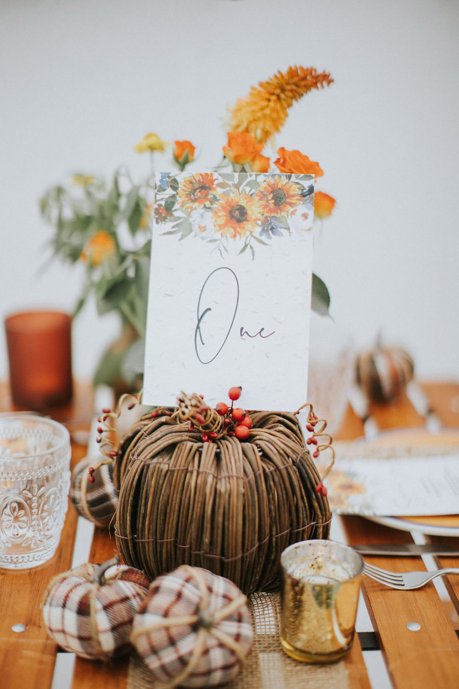 Cosy, snug and rustic wedding inspiration at The Scenic Supper venue (4)