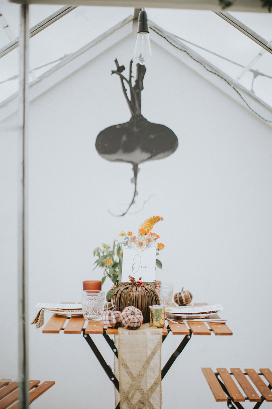 Cosy, snug and rustic wedding inspiration at The Scenic Supper venue (6)