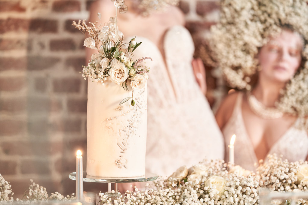 Contemporary Narnia wedding inspiration shoot with One Curious Dream and Tim Stephenson Photography (19)