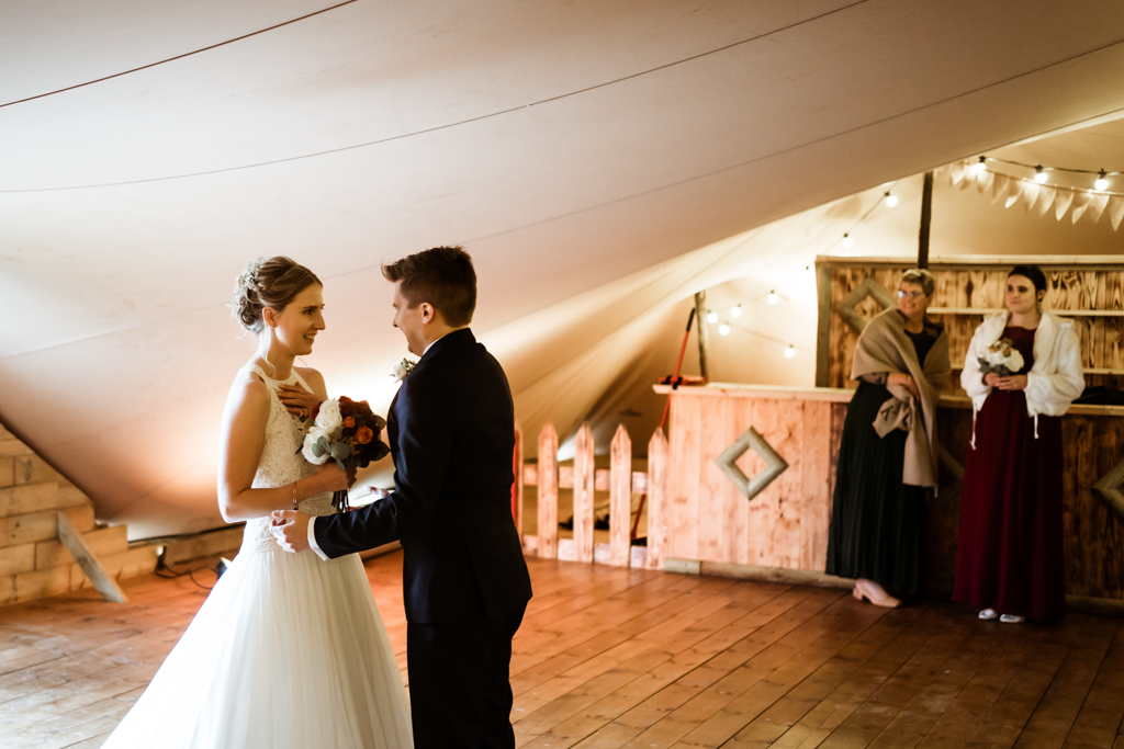 Sophie and Christopher's joyful, festive 2020 wedding at Jimmy's Farm, with Him & Her Wedding Photography (8)