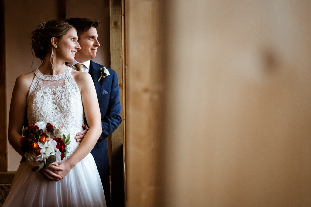 Sophie and Christopher's joyful, festive 2020 wedding at Jimmy's Farm, with Him & Her Wedding Photography (16)