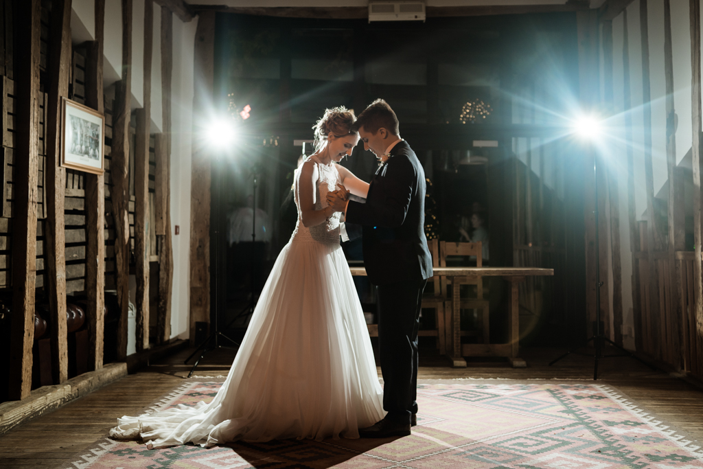 Sophie and Christopher's joyful, festive 2020 wedding at Jimmy's Farm, with Him & Her Wedding Photography (41)