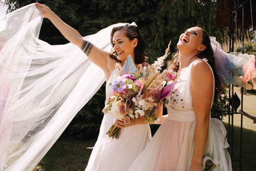 Rustic Rainbow - a joyful styled elopement in Kent (3)