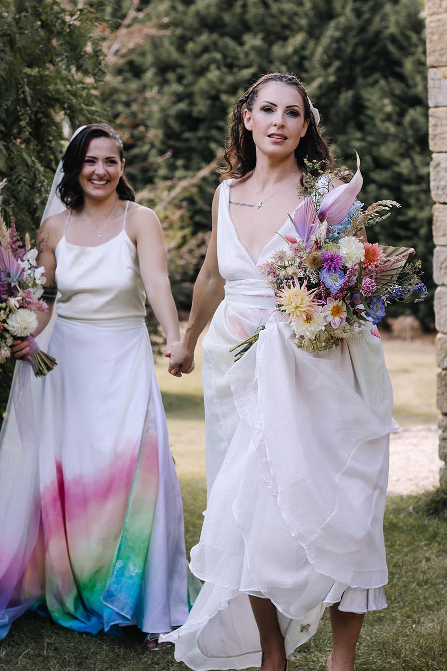 Rustic Rainbow - a joyful styled elopement in Kent (8)