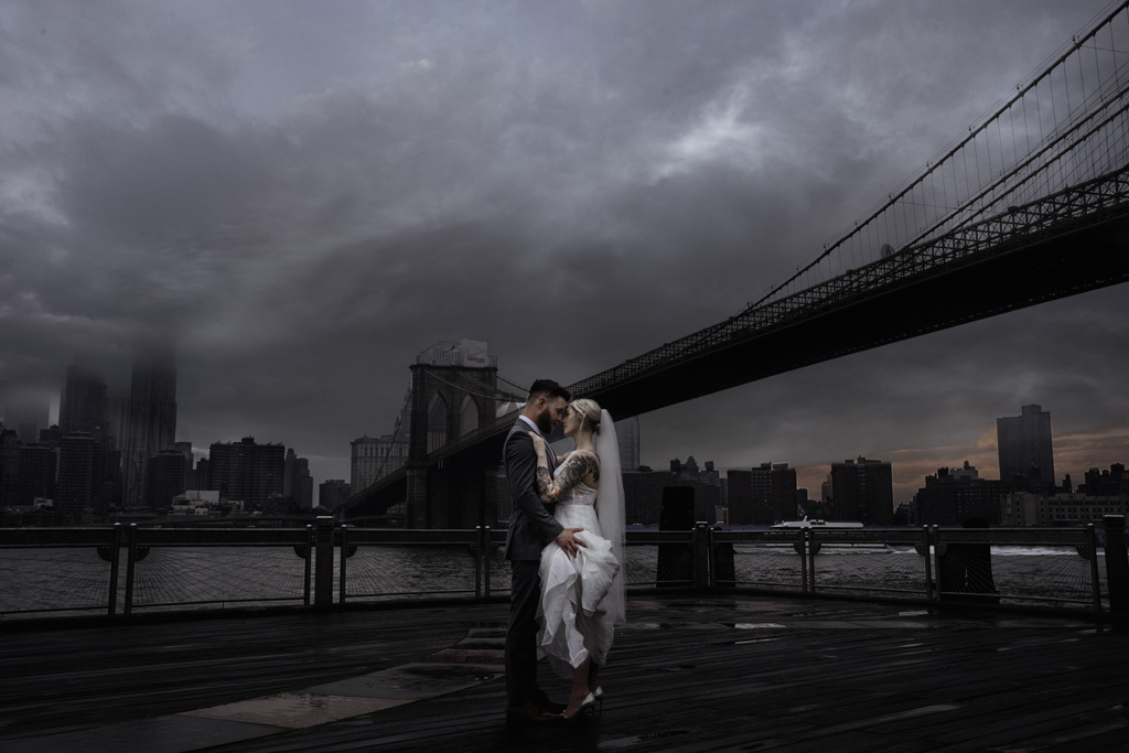 Laura & Daniel's EPIC NYC elopement, with ArtisanX Photography (3)