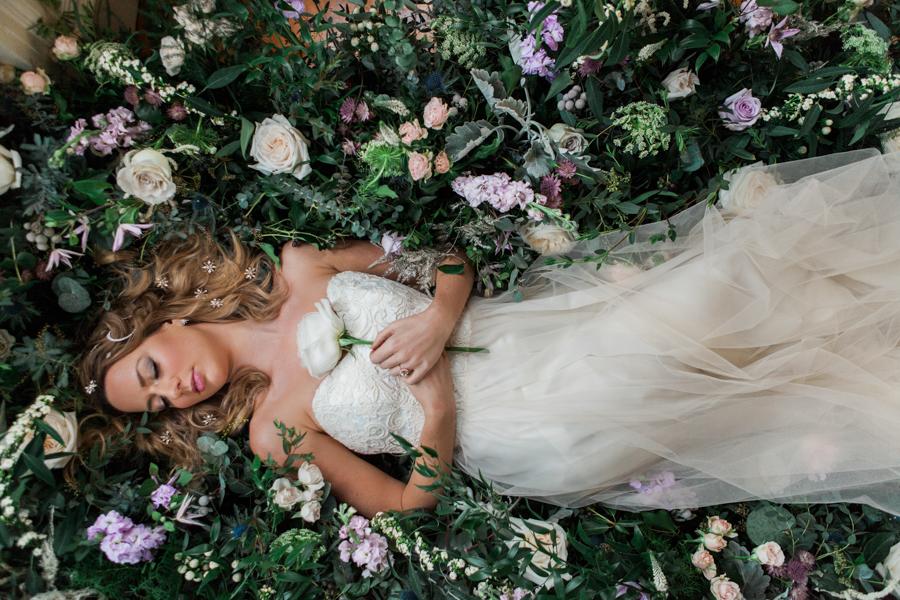 Starry celestial wedding inspiration (with a sprinkling of Disney magic) - Amanda Karen Photography (16)