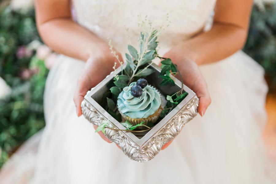 Starry celestial wedding inspiration (with a sprinkling of Disney magic) - Amanda Karen Photography (25)