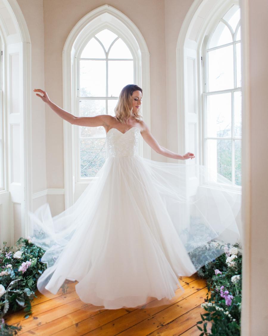 Starry celestial wedding inspiration (with a sprinkling of Disney magic) - Amanda Karen Photography (26)