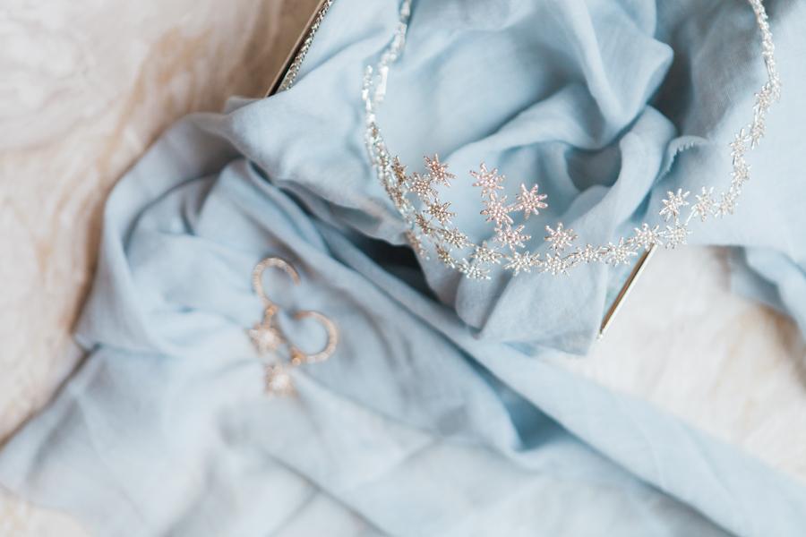 Starry celestial wedding inspiration (with a sprinkling of Disney magic) - Amanda Karen Photography (6)