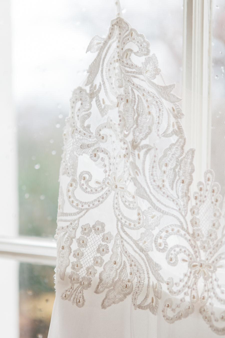 Starry celestial wedding inspiration (with a sprinkling of Disney magic) - Amanda Karen Photography (2)