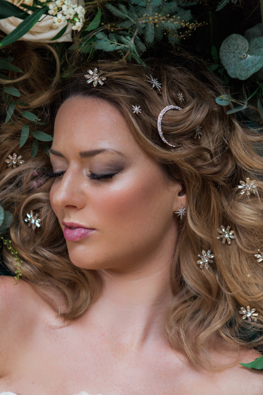 Starry celestial wedding inspiration (with a sprinkling of Disney magic) - Amanda Karen Photography (15)