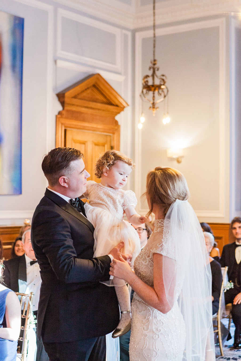 Rebecca & Tom's gloriously glamorous Andaz Hotel wedding, with Amanda Karen Photography (27)