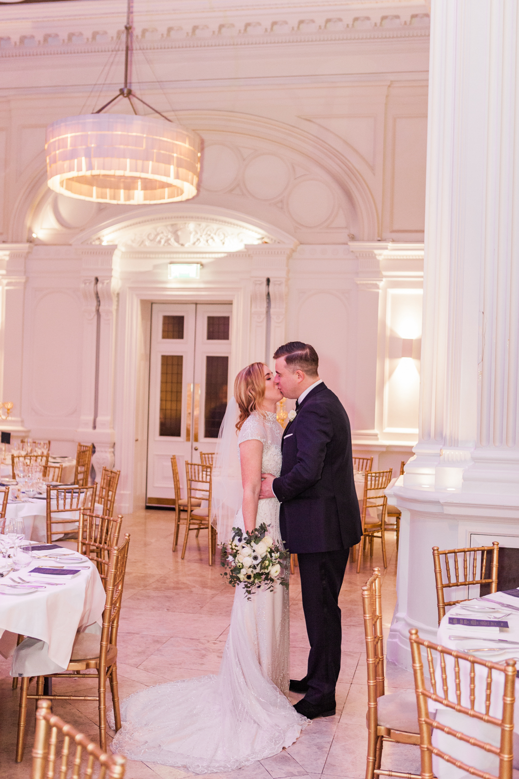 Rebecca & Tom's gloriously glamorous Andaz Hotel wedding, with Amanda Karen Photography (15)