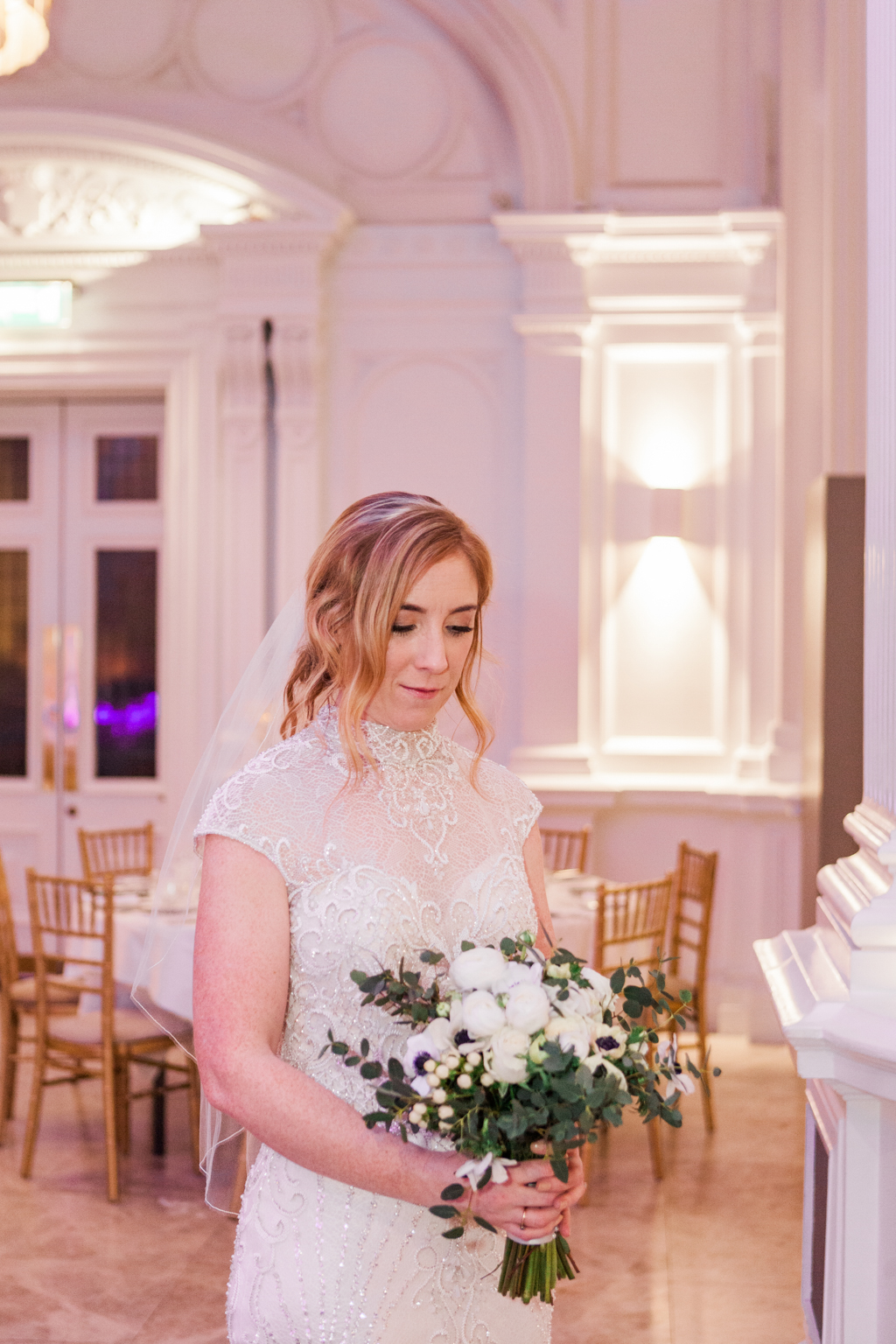 Rebecca & Tom's gloriously glamorous Andaz Hotel wedding, with Amanda Karen Photography (14)