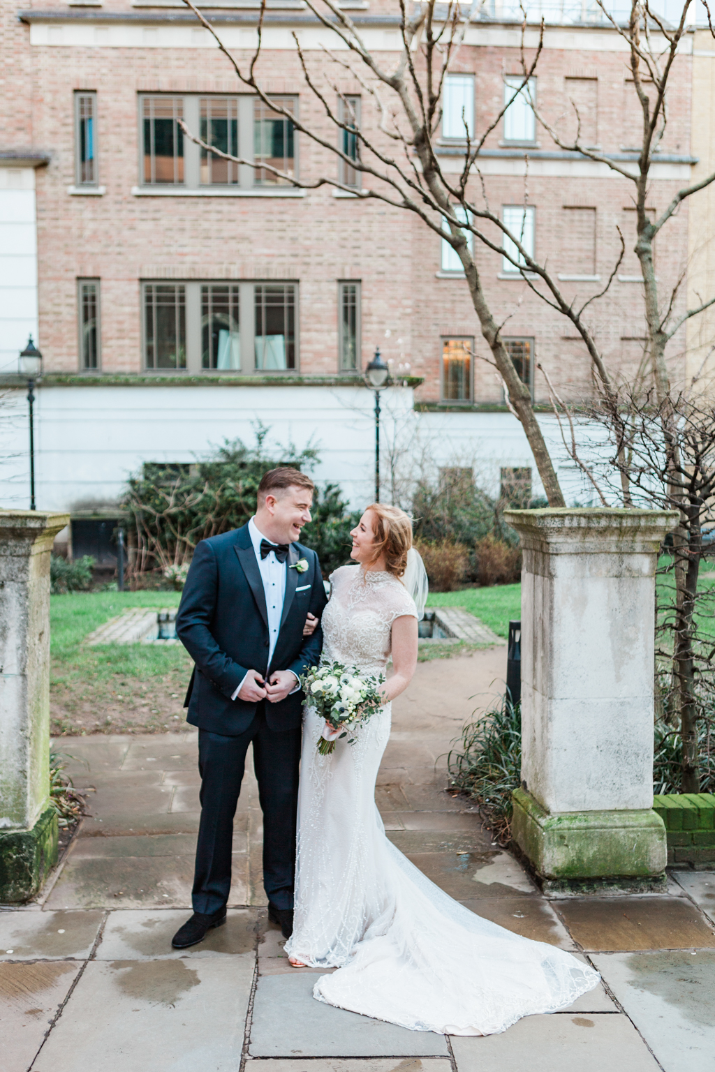 Rebecca & Tom's gloriously glamorous Andaz Hotel wedding, with Amanda Karen Photography (13)