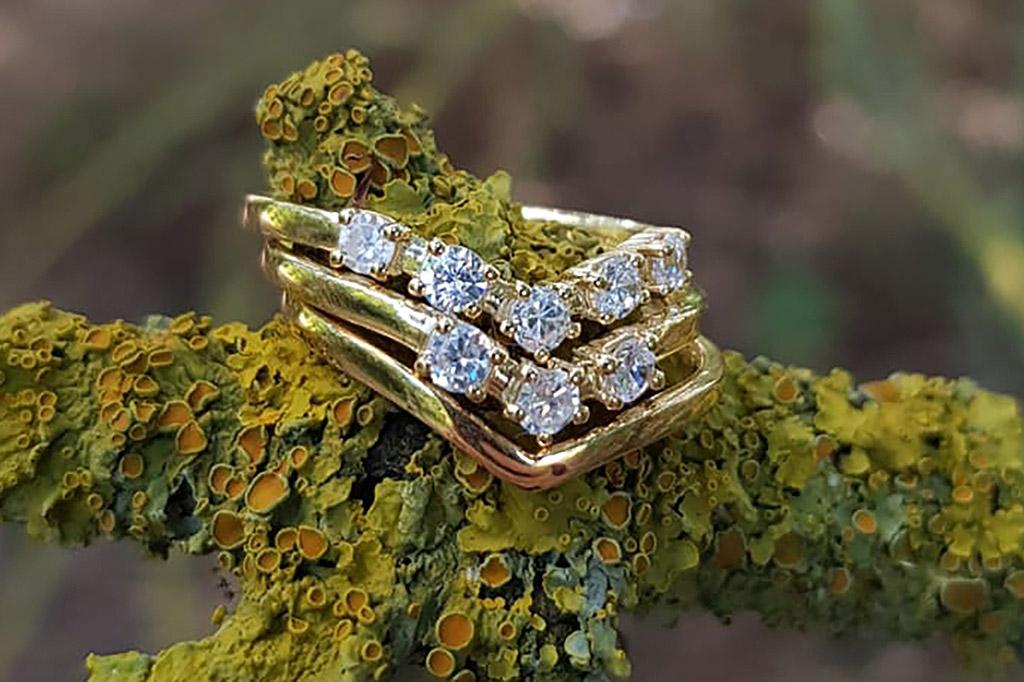 bespoke wedding and engagement rings by Sarah Heulwen Lewis (3)