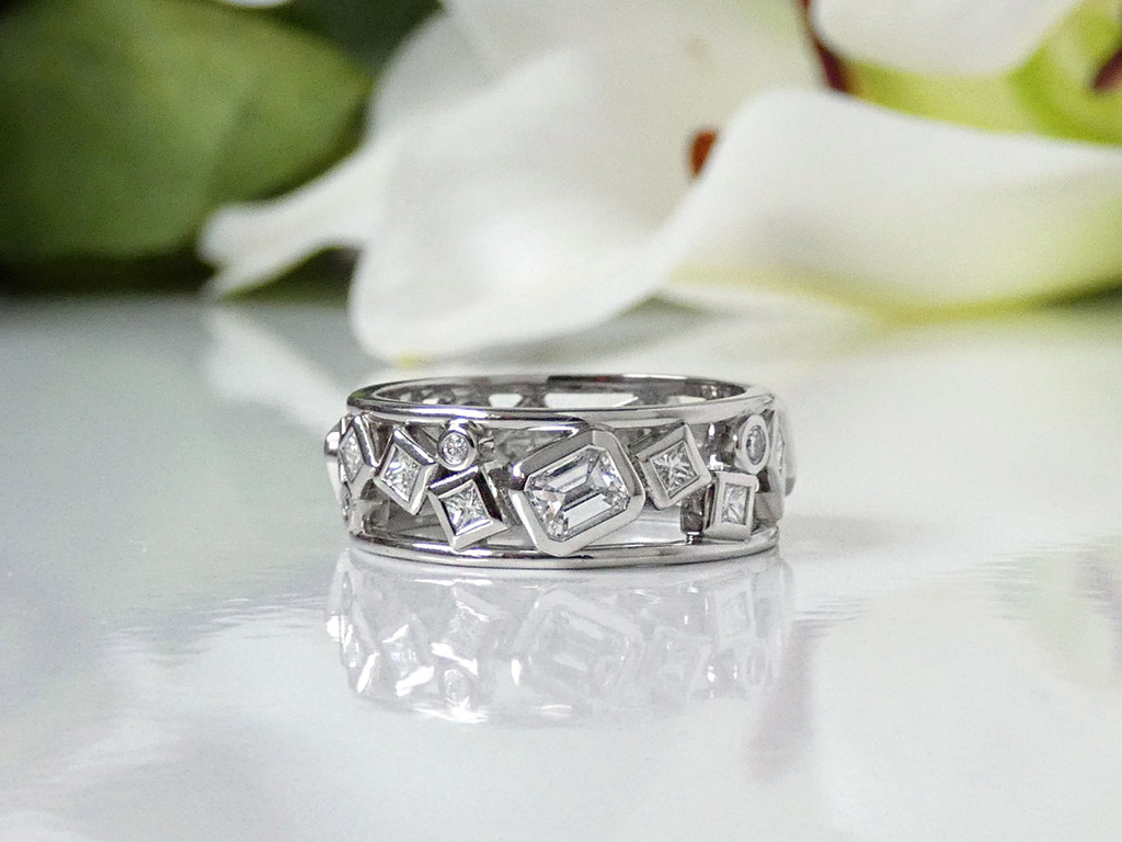 bespoke wedding and engagement rings by Sarah Heulwen Lewis (8)