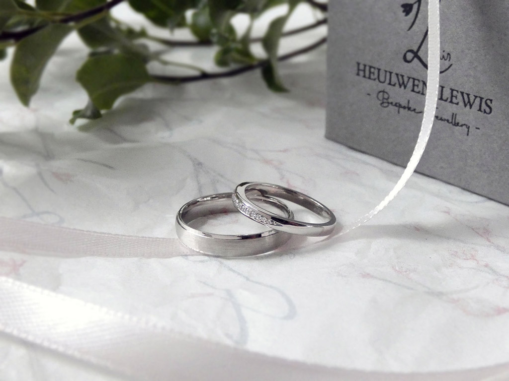 bespoke wedding and engagement rings by Sarah Heulwen Lewis (6)