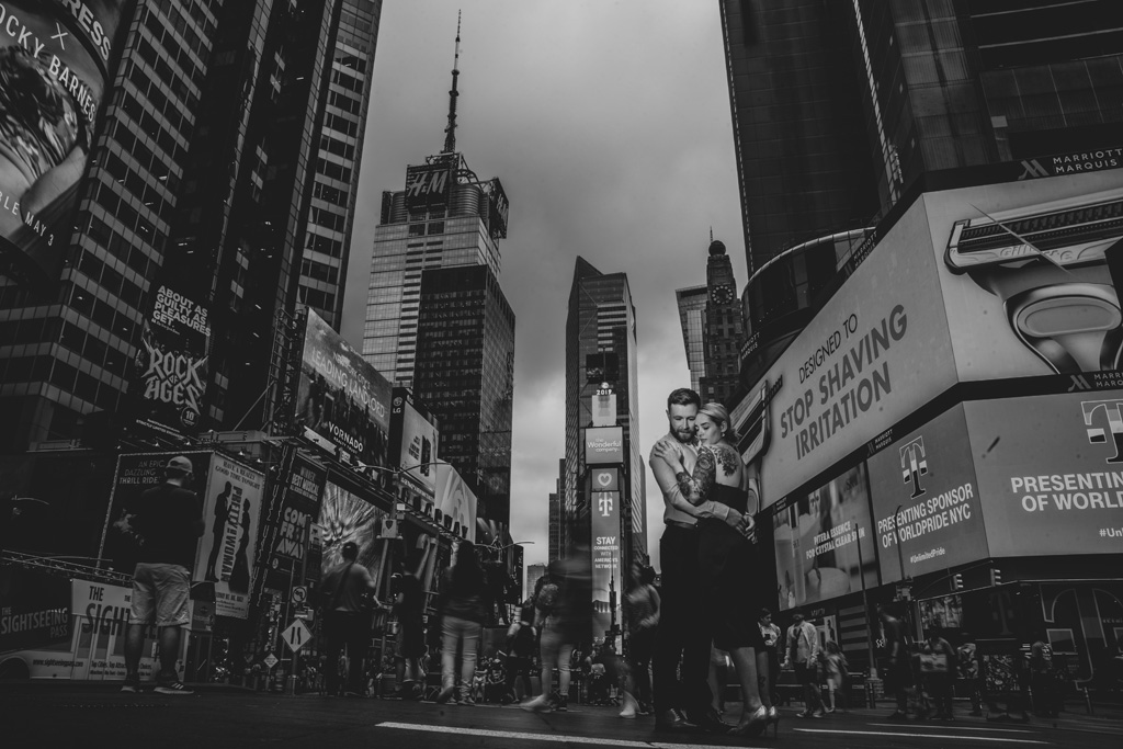 Laura & Daniel's EPIC NYC elopement, with ArtisanX Photography (5)