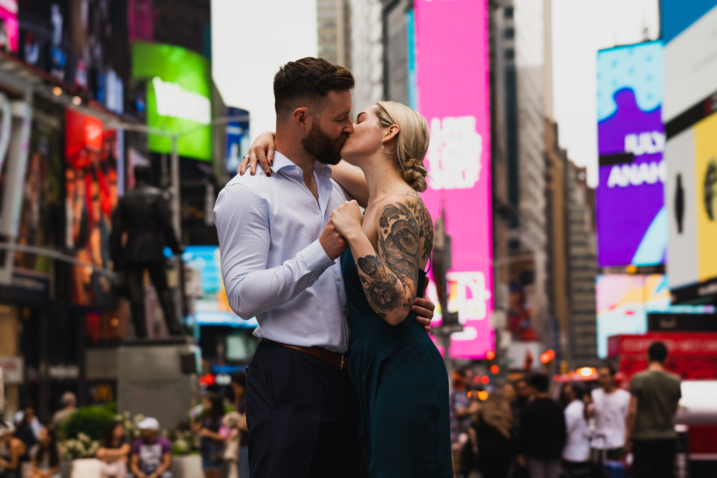 Laura & Daniel's EPIC NYC elopement, with ArtisanX Photography (6)