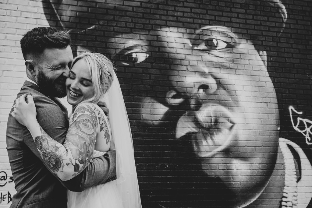 Laura & Daniel's EPIC NYC elopement, with ArtisanX Photography (26)