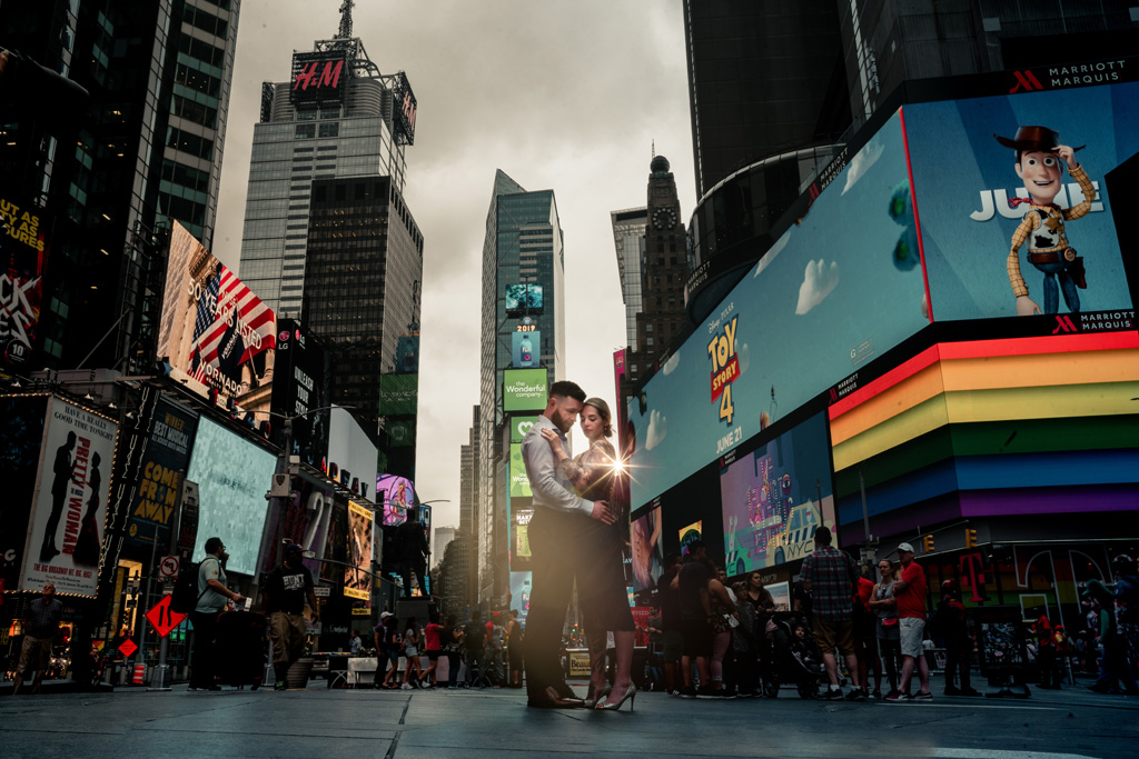 Laura & Daniel's EPIC NYC elopement, with ArtisanX Photography (8)
