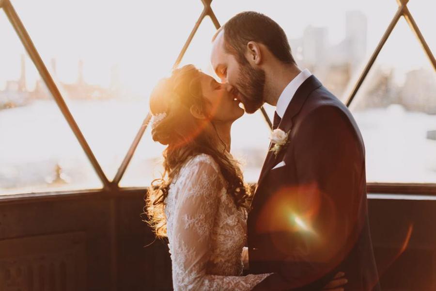 Sunset photo at Trinity Buoy Wharf wedding, captured by Luke Hayden Photography