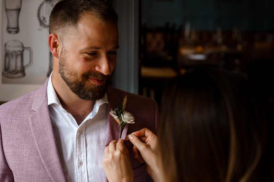A loved-up Winchester city elopement - with adorable dogs! Photographer credit Katherine and her Camera (17)