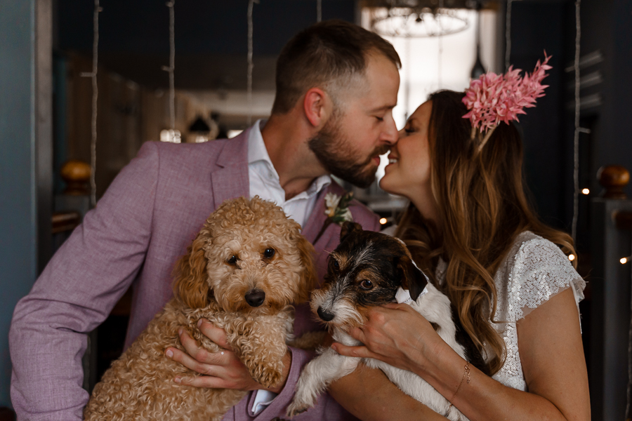 A loved-up Winchester city elopement - with adorable dogs! Photographer credit Katherine and her Camera (22)