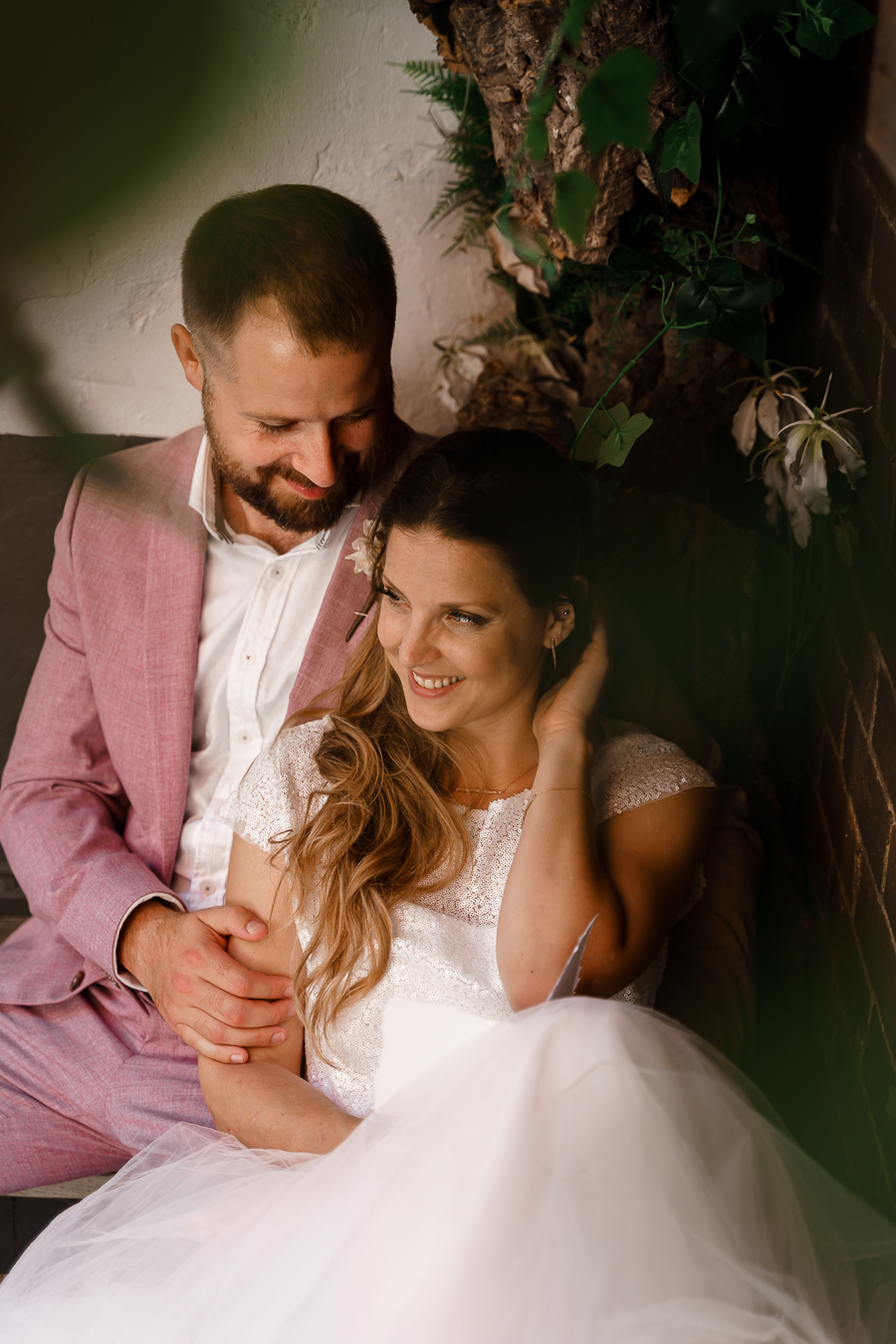 A loved-up Winchester city elopement - with adorable dogs! Photographer credit Katherine and her Camera (35)