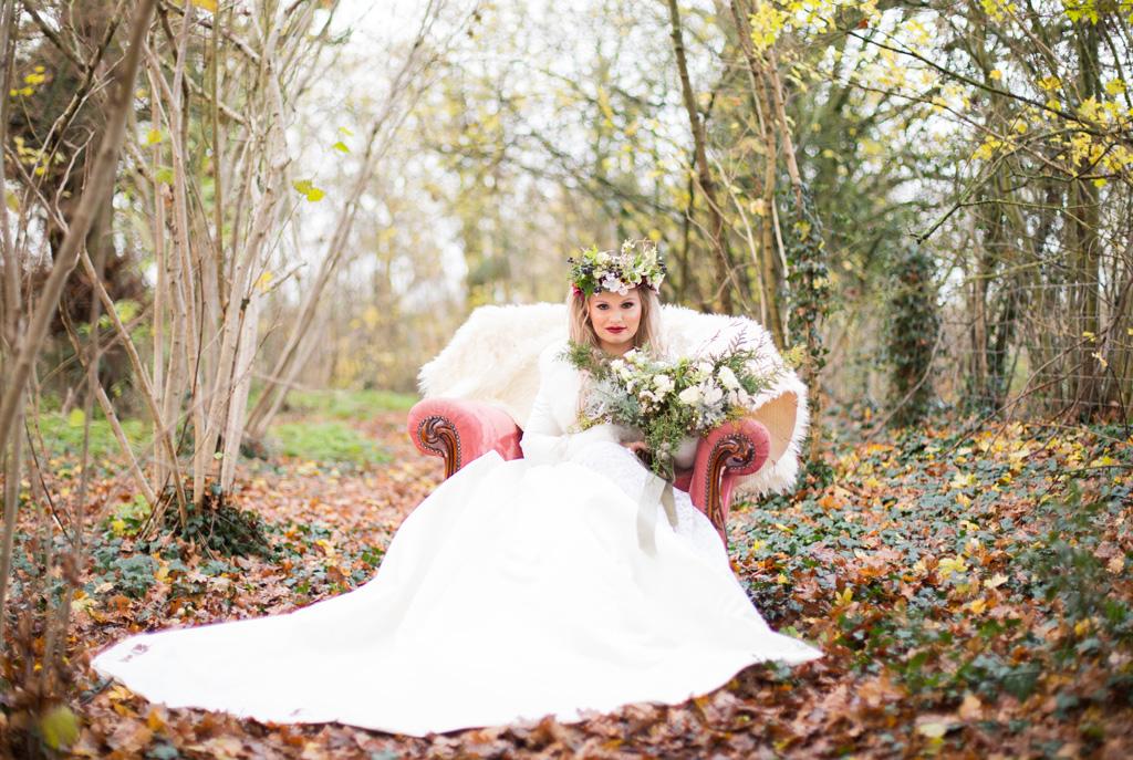 Woodland wedding inspiration, image credit S E Photography
