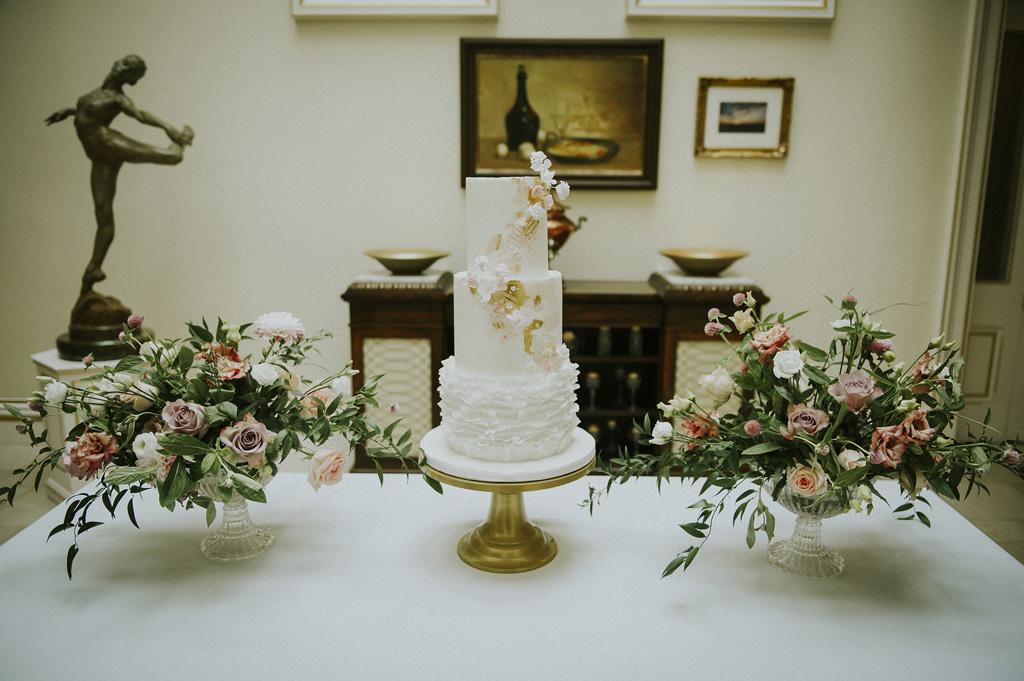 modern elegant refined wedding styling from Derbyshire, image credit Key Reflections Photography