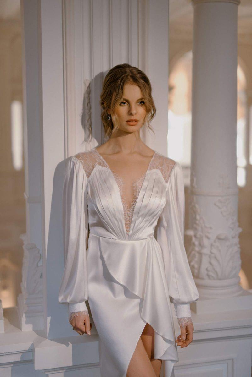Fashion forward bridal style by Karin Rom