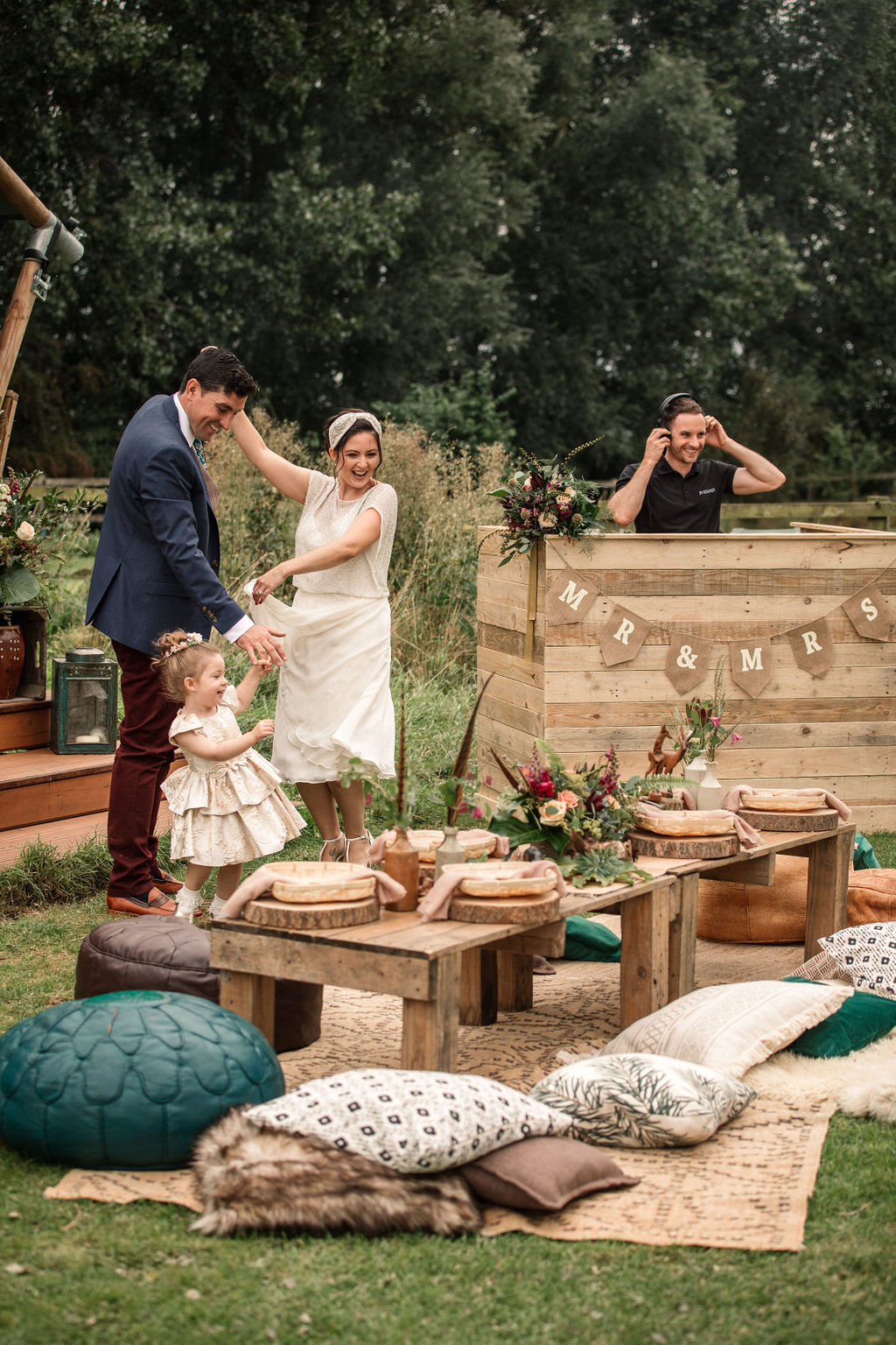 sustainable horsley hale wedding inspiration with Four Counties Awards, image credit Becky Harley Photography