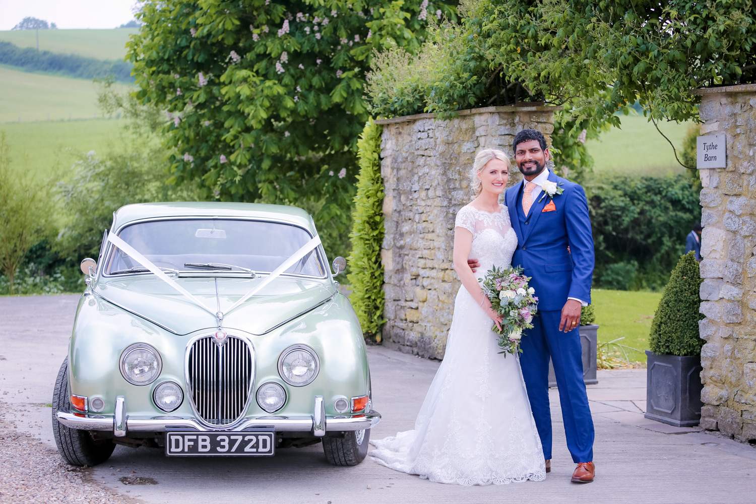 Priston mill wedding photography by Hannah Timm