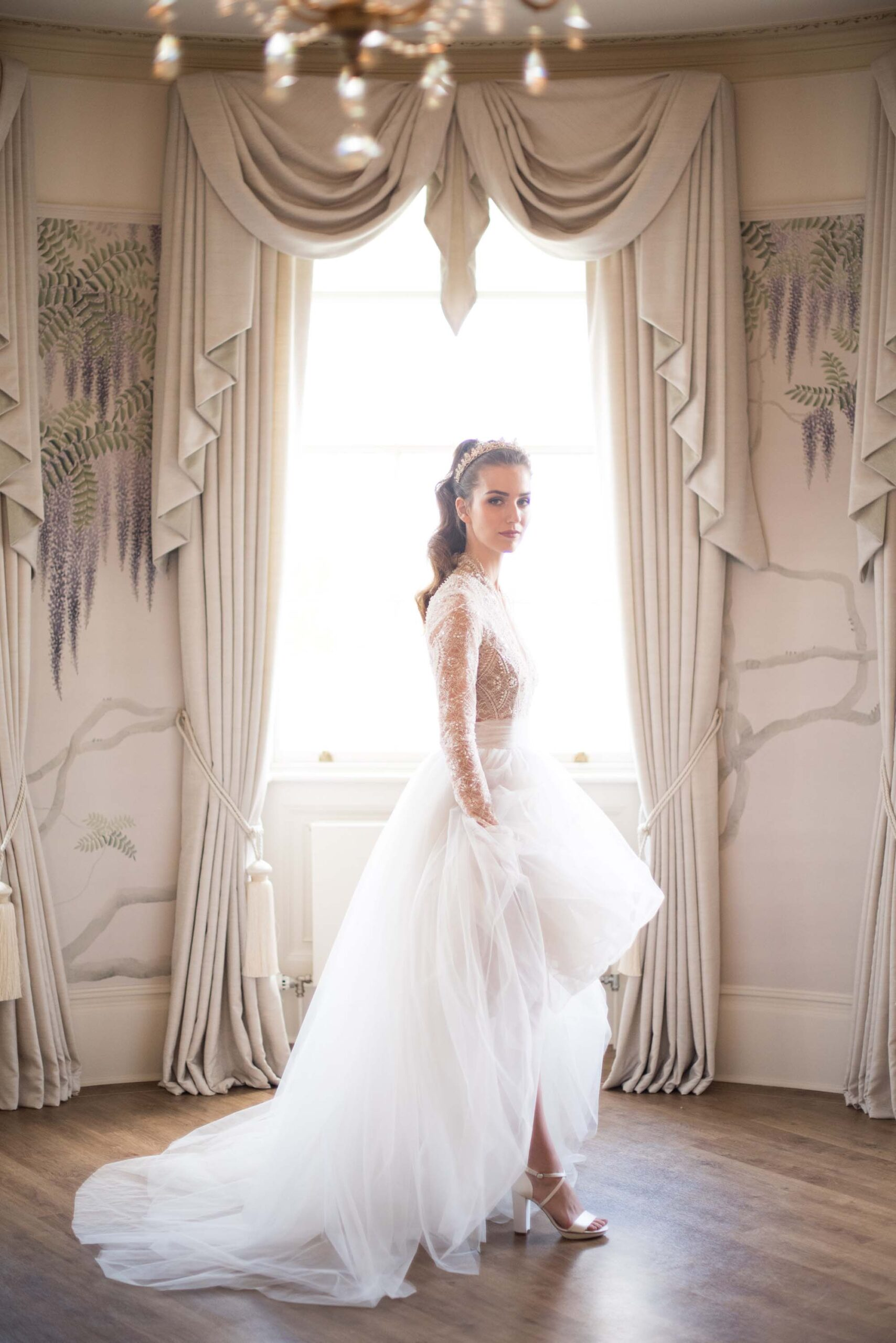 Hylands Estate country house wedding inspiration with Elegante by Michelle J, images by Claudine Hartzel Photography
